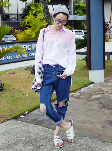 Korean Fashion Ripped Denim Jeans Inspiration Outfits! - Ulzza.com